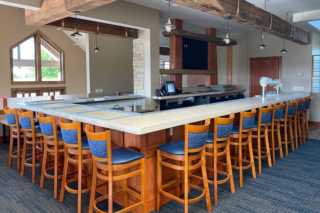 Eagle Ridge Resort & Spa Bar Area